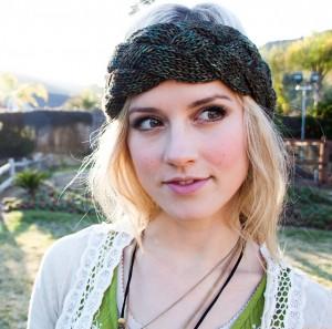 Braided Headband Ear Warmer Knitting Pattern Photo