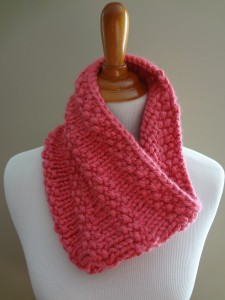 Bubblegum Cowl Knitting Pattern Pictures