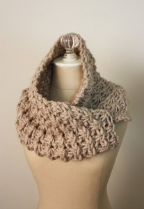 Chunky Cowl Knitting Pattern Picture