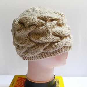 Chunky Cabled Knitting Hat Pattern Image