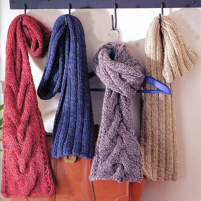 How to Knit Fashionable Scarves on Circle Looms New