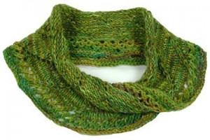 Free Lacy Mobius Scarf Knitting Pattern Pictures