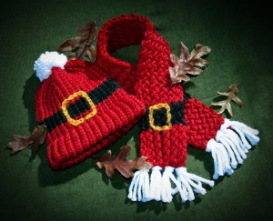 Free Loom knit Santa Scarf Pattern Images