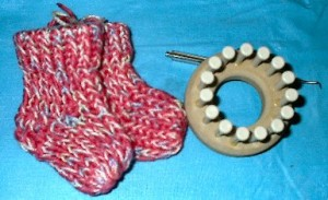 Loomed Newborn Booties Pattern Picture