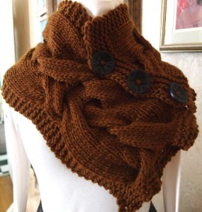Image of Twist Knitting Cowl Pattern
