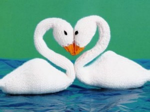 Images of Free Knitted Swan Doll Pattern