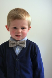 Adjustable Knit Bow Tie Pattern Images