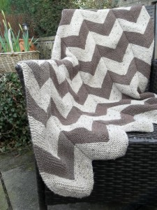Picturtes of Aran Garter Stitch Chevron Quilt Pattern