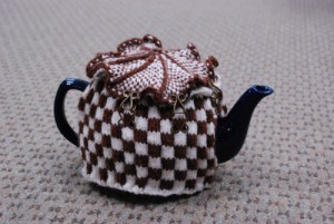 Checkered Tea Cozy Knitting Pattern Images