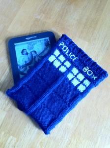 Photos of Free Tardis Kniddle Case Knitting Pattern
