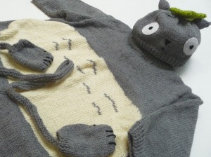 Pictures of Totoro Baby Set Knitting Pattern