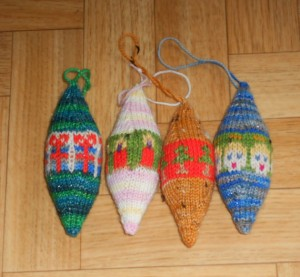 Pictures of Christmas Ornaments Knitting Pattern