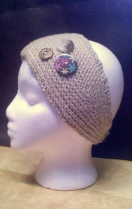 Photos Headband Knitted Pattern with Button