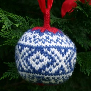 Knit Christmas Bauble Pattern Images