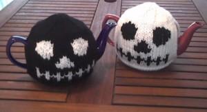 Skull Tea Cozy Knitting Pattern Images