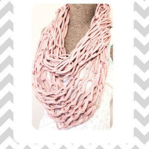 Arm Knitted Infinity Scarf Tutorial Picture