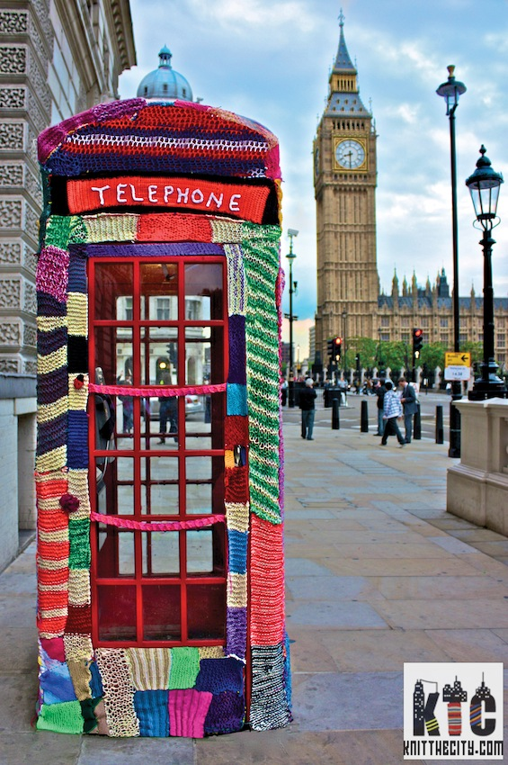 knitted-phonebox